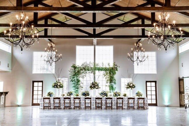 Houston-Area-Wedding-Venue-311-banquet-setting